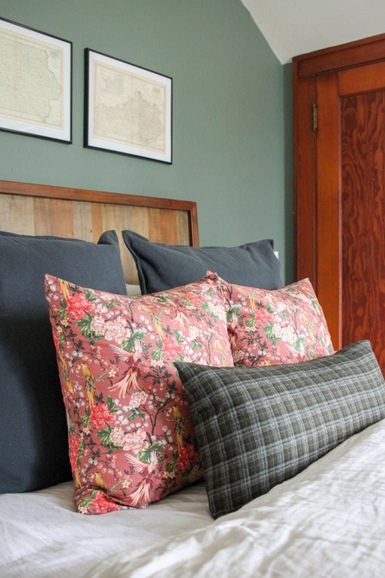 Cozy Eclectic Master Bedroom- One Room Challenge